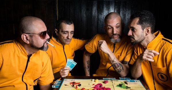 Retrofoguetes lança álbum para homenagear filmes de espionagem ...