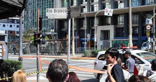 Suspeita de bomba fecha avenida no centro de SP - Notícias - R7 ...