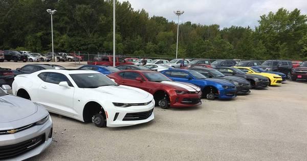 Ladrões furtam rodas de GM Camaro e Silverado nos EUA - Fotos ...