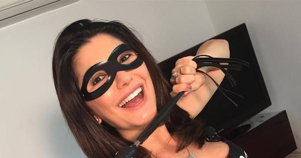 Antonia Fontenelle se fantasia de Tiazinha para comemorar fim da ...