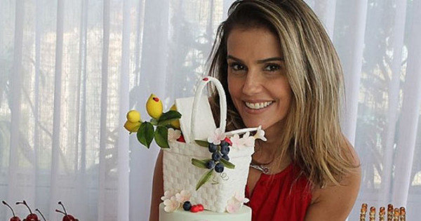 Filha de Deborah Secco completa nove meses e ganha festa ...