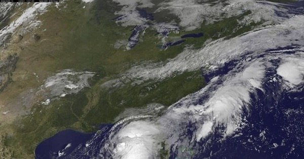 Tempestade tropical Newton se fortalece no México e causa ...