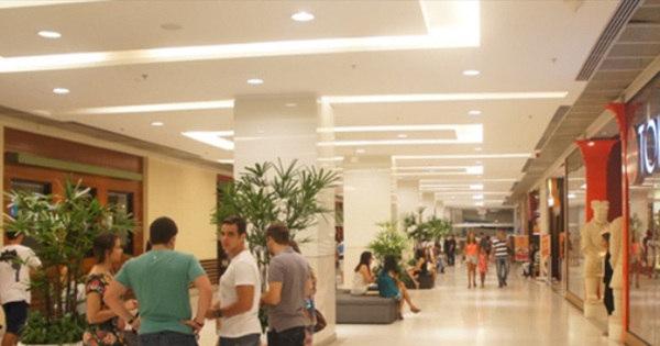 Confira o funcionamento dos shoppings e outros estabelecimentos ...