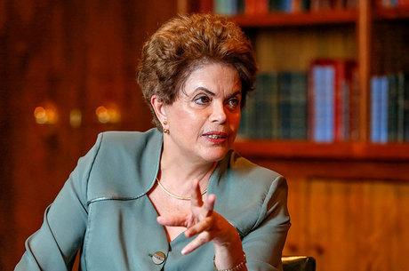 Roth confirma Paulão e define titulares do Internacional contra o Vitória