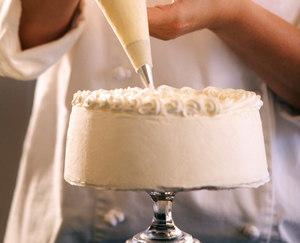 Preparar bolo e salgados pode ser mais econômico