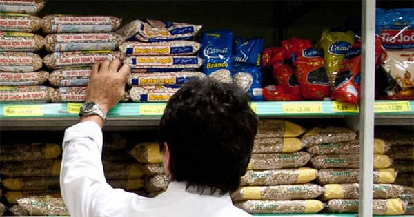 Supermercados vendem mais e evitam queda maior do comércio ...