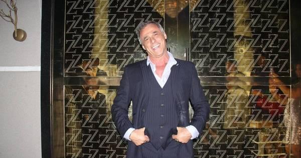 Oscar Magrini comemora 55 anos ao lado de famosos - Fotos - R7 ...