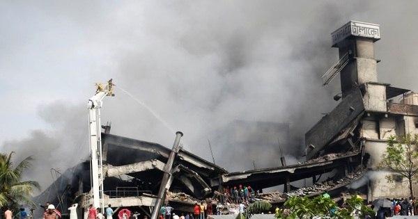 Sobe para 26 o número de mortos em explosão em Bangladesh ...