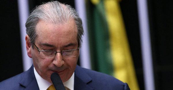Câmara cassa mandato e bloqueia direitos políticos de Eduardo ...