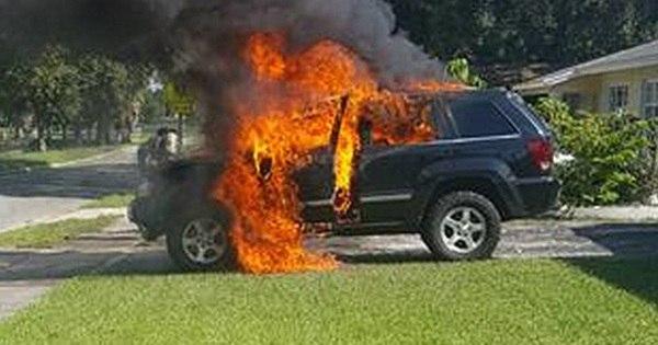 Jeep tem perda total após celular explodir dentro do SUV - Fotos ...
