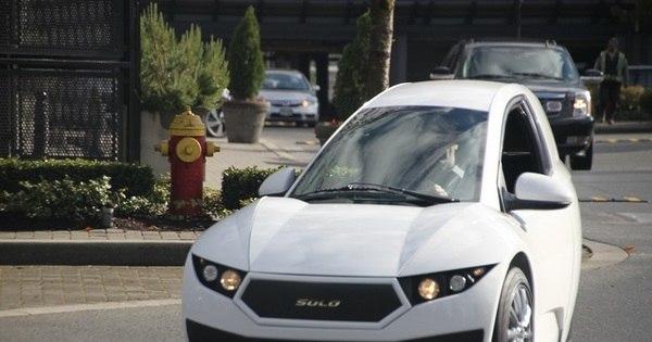 Fabricante canadense cria carro elétrico para uma pessoa, com ...