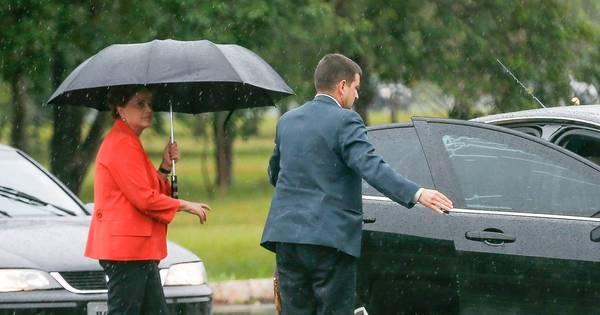 Frota de Dilma no Palácio da Alvorada tinha 28 carros - Notícias ...