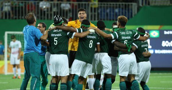 Brasil conquista tetra paralímpico no futebol de 5 - Rede record - R7 ...