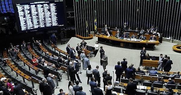Câmara encerra sessão sem votar projeto que anistia caixa 2 ...