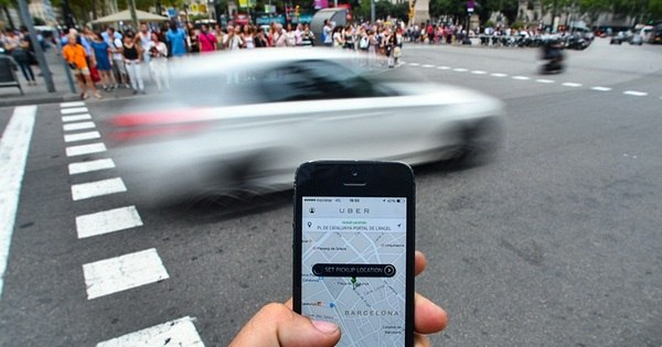 Passageira assaltada em viagem acusa Uber de descaso - Notícias ...