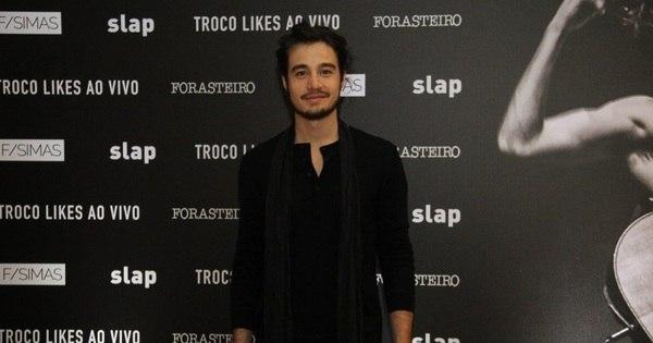 Tiago Iorc faz pré-estreia de novo DVD em cinema no Rio - Fotos ...