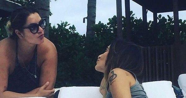 Cleo Pires posta foto de shortinho e revela tatuagem quase no ...