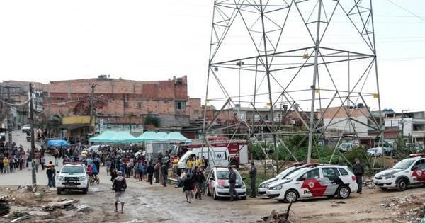 PM acompanha reintegração de posse na zona sul - Notícias - R7 ...
