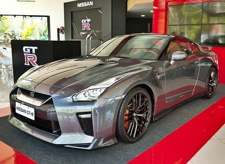 R$ 900 mil é o preço oficial do Nissan GT-R no Brasil. Confira!