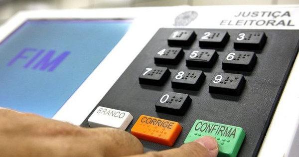 Mais de 20 urnas eletrônicas apresentam problemas na Bahia ...