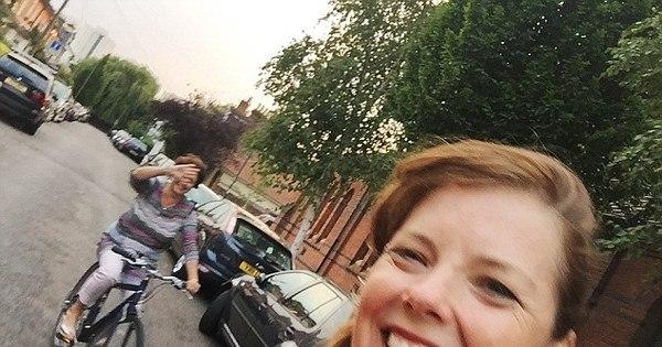 Selfie mortal! Ciclista se desequilibra, cai e morre após tirar foto ...