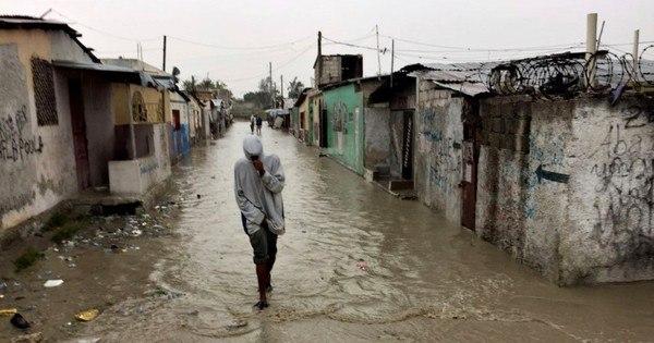 Vídeo mostra inundações causadas pelo furacão Matthew no Haiti ...