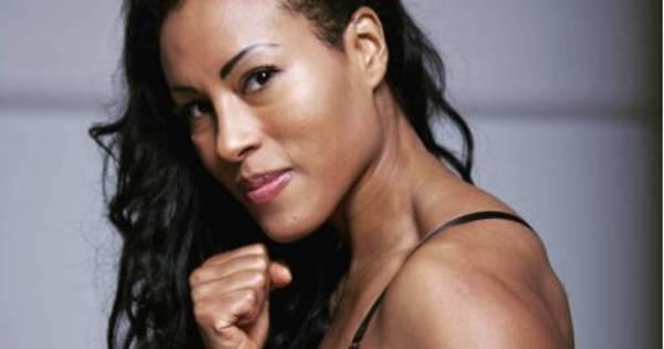 """Conheça a """"rainha do boxe"""" que desafiou Cris Cyborg e está com ..."""