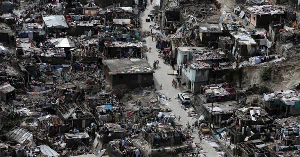 Furacão Matthew deixa rastro de morte e destruição no Haiti e já ...