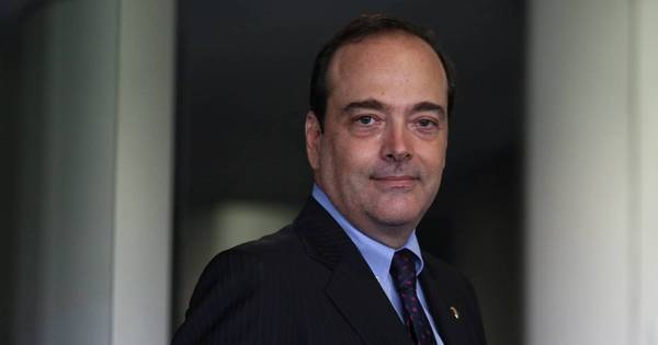 2º turno no Rio: PSDB se declara neutro em disputa, mas libera ...