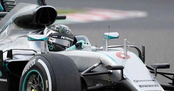 Rosberg supera Hamilton por 0s013 e faz a pole position em Suzuka