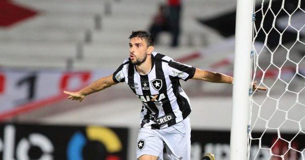 Botafogo vence a quinta seguida e afunda ainda mais Santa Cruz no...