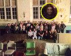 Grupo tira foto em hospital e rosto sinistro aparece na imagem