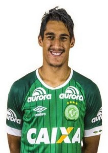 GimenezPosição: ZagueiroPerfil: GuilhermeGimenezde Souza nasceu no dia 18 de junho de 1995 (21 anos), em Ribeirão Preto (SP)