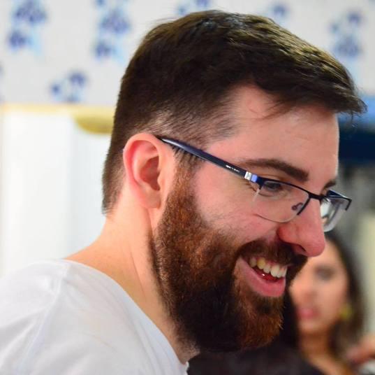 André Podiacki - Diário Catarinense (Repórter)Perfil: O catarinense fazia parte da equipe do jornal Diário Catarinense desde 2011. O jornalista tinha 26 anos e era setorista da Chapecoense