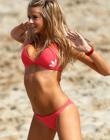 Os marmanjos costumam ir à loucura quando as belas cheerleaders, as famosas líderes de torcida, aparecem para agitar o público nos eventos esportivos