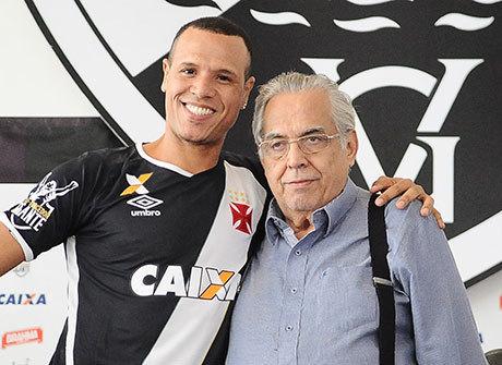 Reforço do Vasco, Luis Fabiano alfineta flamenguista Guerrero