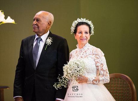Após 59 anos de união, casal ganha a tão sonhada festa de casamento