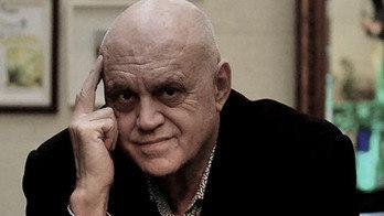 Confira a entrevista exclusiva com o sempre polêmico Oscar Maroni (Eduardo Enomoto/R7)