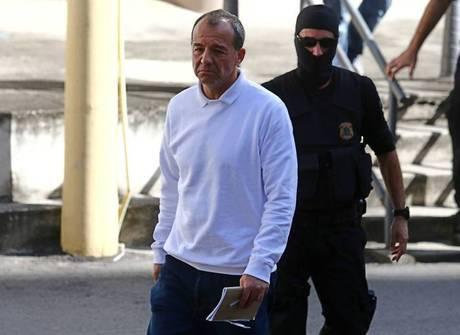 Justiça marca primeiros leilões com bens apreendidos de Cabral