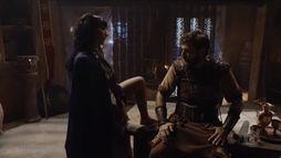 Dido é rejeitada por Barzilai ao tentar seduzir o general com dança provocante (Reprodução)