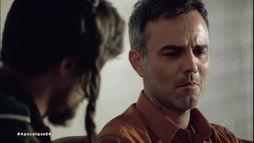 Joice não resiste aos ferimentos e morre no hospital. Noah consola Dylan ()