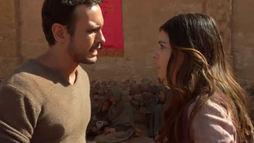 Micaías confronta Raquel por roubar pedaço de pão consagrado a Baal (Reprodução)