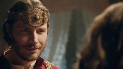 Rei Acabe descobre que Jezabel fez a festa para se encontrar com Tadeu (Reprodução)