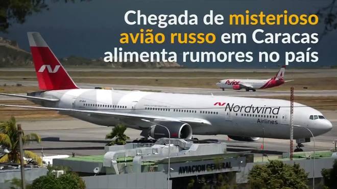 Chegada de avião russo em Caracas alimenta rumores no país