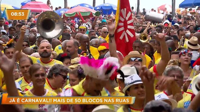 Já é Carnaval: mais de 50 blocos sacudiram as ruas do Rio no final de semana
