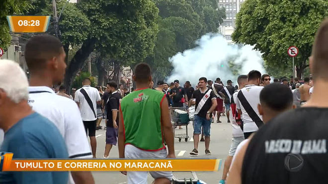 Torcedores ficam feridos após serem barrados na final da Taça Guanabara