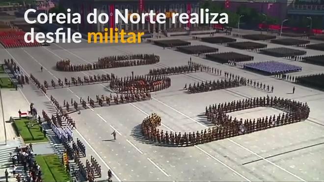 Coreia do Norte substutui mísseis por carros alegórico em desfile