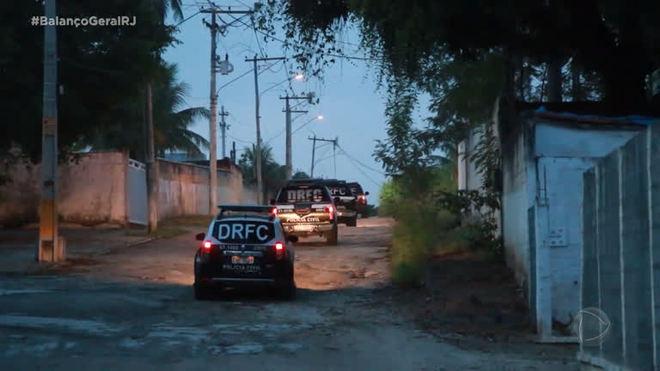 Polícia faz operação em São Gonçalo contra furto e se depara com assalto em andamento