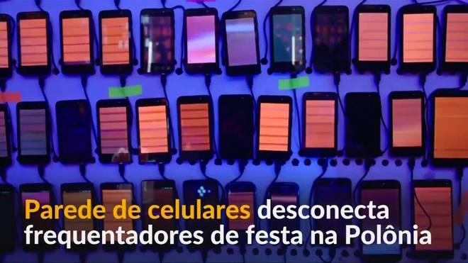 Parede de celulares desconecta frequentadores de festa na Polônia
