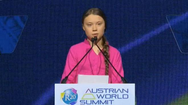 Greta Thunberg acusa políticos de irresponsabilidade na crise climática